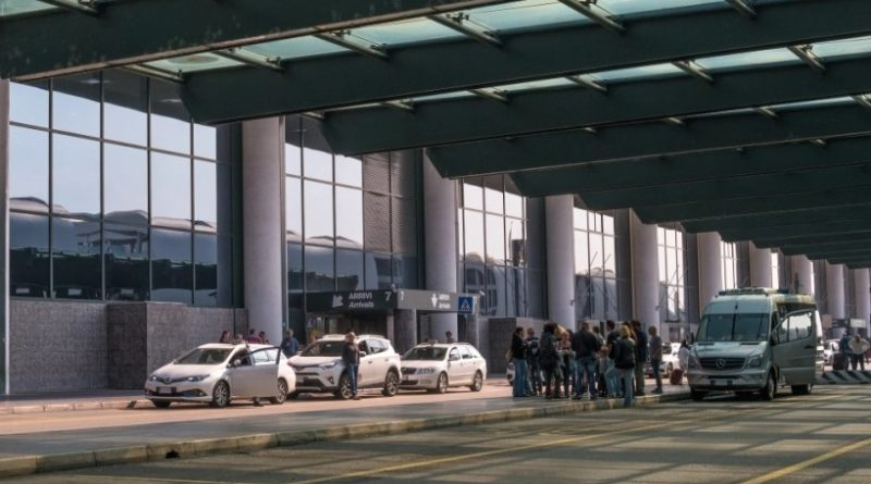 Taxi a Malpensa, guerra all'abusivismo
